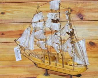 """ON SALE MayFlower Wood Boat 12"""""""
