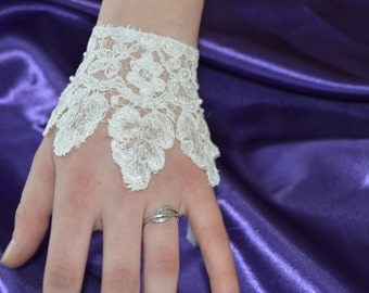 Married lace, ivory lace cuff, lace glove cufflinks