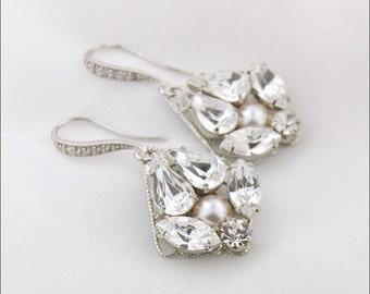 Clear crystal earrings - wedding jewelry - crystal and pearl earrings - Swarovski crystal - bridal earrings - bridesmaid earrings - Tessa