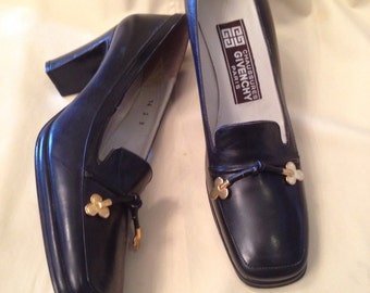 70's GIVENCHY Paris Hot! Black Leather Slip On Loafer Pumps 1970's Dress Shoes Womens 8 8N