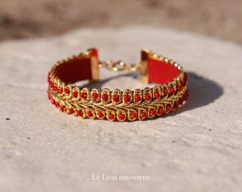 Bracelet doré, Le Lion amoureux.
