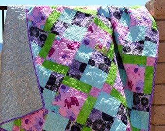 Walking Elephants Twin Quilt