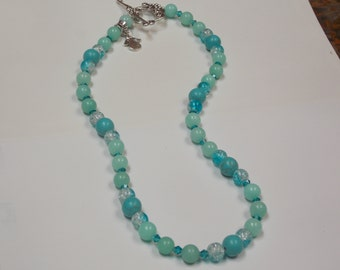 Beaded hand made necklace w/ Aquamarine