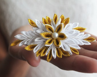 Flower hair clip, white and gold flower, fabric flower, kanzashi fabric flower hair clip, handmade hair flower, wedding flower hair clip
