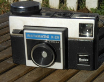 Kodak Instamatic X-25 Camera