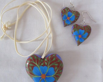 wooden carved and painted heart necklace and earrings from Oaxaca
