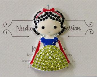 Snow White Needle Minder