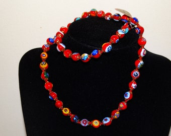 """Vge 1970's Made In Italy Hand Painted Glass Bead 22"""" Necklace."""