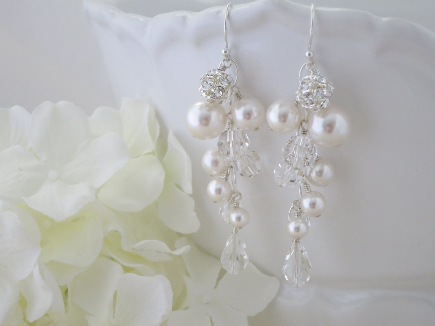 Swarovski crystal and pearl cluster earring, Long statement bridal earring, Chandelier wedding earring