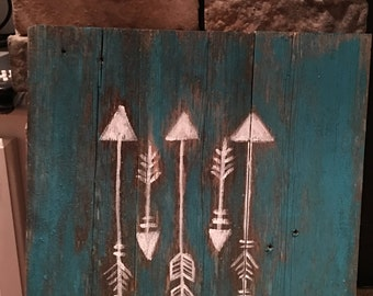 Rustic Wooden Arrow Painting