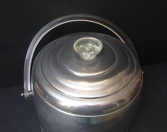 "Kromex Mad Men Aluminum Ice Bucket/ Vintage, Mid Century, 1950's Ice Bucket, Lucite handle, aluminum liner. Retro Cool 7 1/2"" to top of knob"