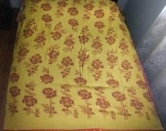 VINTAGE FLORAL Design CAMP Blanket