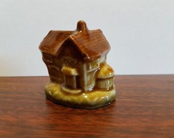 Wade Red rose tea figurine Nursery rhymes House that Jack built