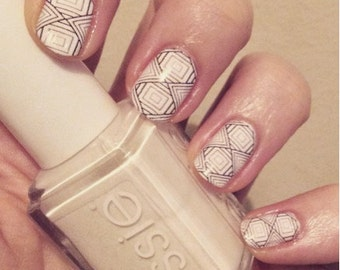 Geometric With Square Nail Wrap