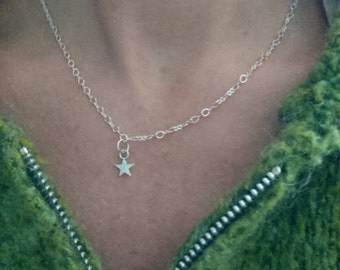 """Silver Star necklace 16"""""""