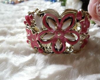 Statement bracelet wide hippie ethnic Pink/White