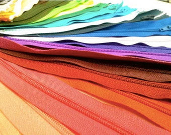 50 Nylon Zippers 9 Inches #3 Closed Bottom Assorted Colors (50 Zippers)