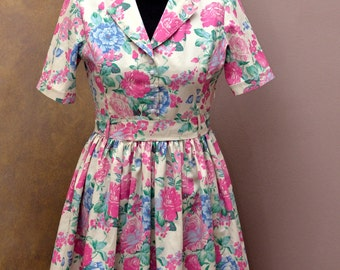 50, vintage style dress, unique and original, floral dress, tailoring
