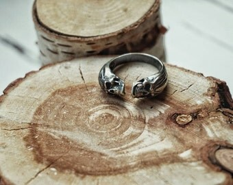 Silver Two Skulls unisex ring free size. Gothic and rock style.
