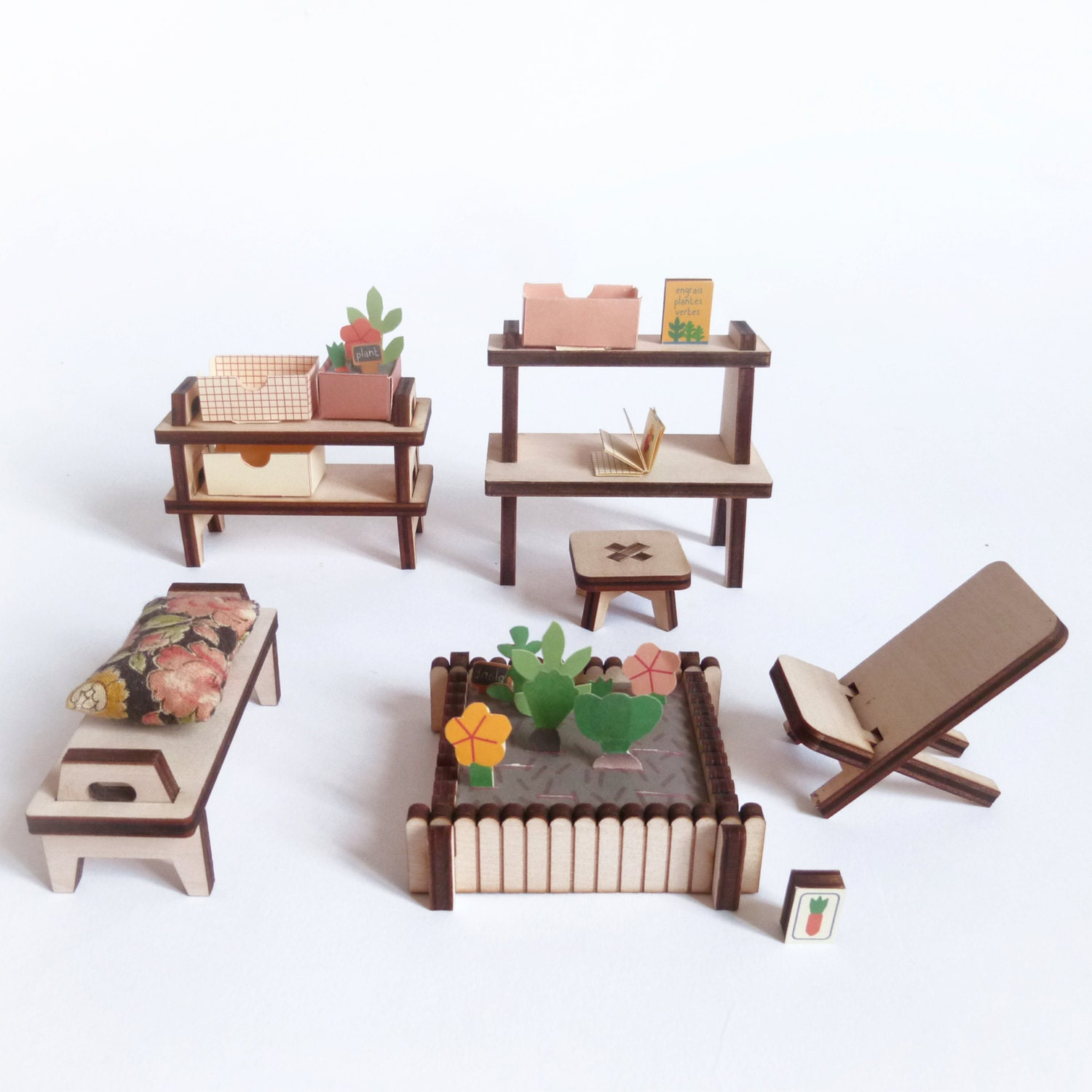 Winter garden wooden and paper furniture kit for doll 39 s - Paper furniture ...