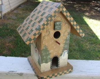 Birdhouse, Country Kitchen Decor, Vintage Birdhouse, Birdhouse Inn Decor, Country Decor Garden, Home Decor,  Cottage Decor, Garden Decor