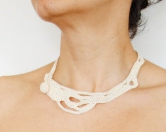 Crochet Pattern - Nude Freeform Crochet Necklace/ Modern/Abstract Design/ Organic/ Non Allergenic/ Linnen Jewelry