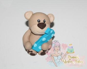 1x Edible Cute Bear with Age 7-9cm Fondant Cake Topper