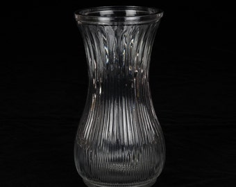 ViNTAGE HOOSiER GLASS VASE - Vintage clear glass vase