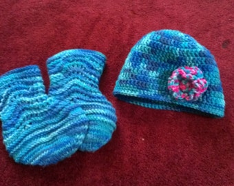 handmade baby set hat and booties