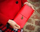 Midori TN London Discovery Planner Thematic Red Natural Leather Standard Size Notebook with Three Inserts 192 Pages