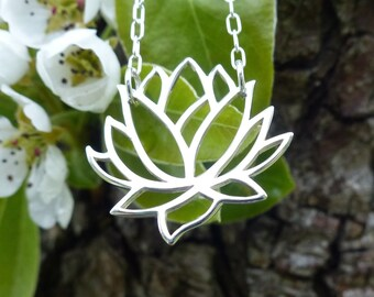 """Lotus Necklace 925 Sterling Silver Large Lotus Flower Pendant Yoga Jewelry 18"""" 46cm Simple Chain UK Seller"""