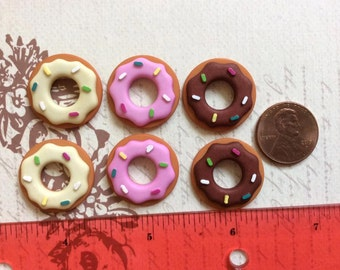 SET of 6 Yummy Assortment doughnut with frosting and Sprinkles Flatbacks