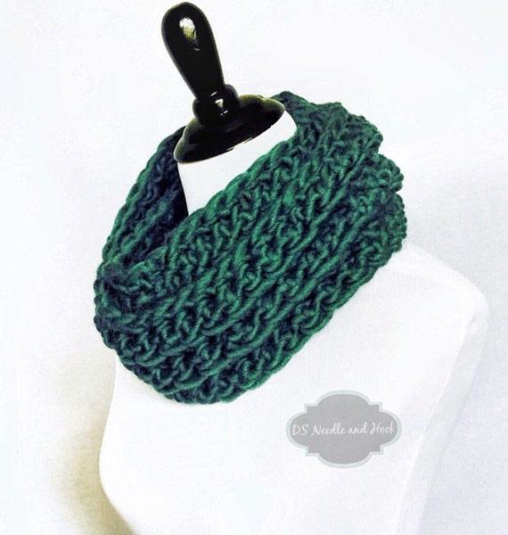 Green Infinity Scarf, Chunky Cowl, Crochet Neck Warmer  - Moss Stitch, Moss Green, Dark Green, Olive Green