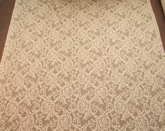 Pretty Cream Tablecloth with Lots of Roses Shabby to Chic
