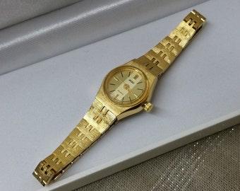 ADEC quartz ladies watch with gold bracelet UU106