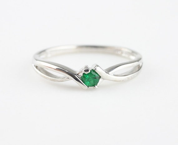 genuine emerald ring simple gemstone ring sterling silver