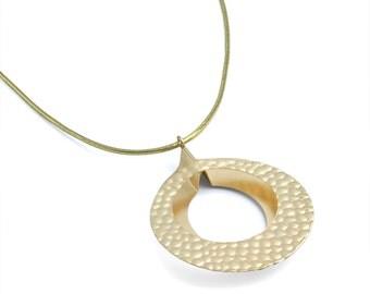 Hammered Brass Necklace Modern Antique Matte Gold Jewelry Gift BN253-MG