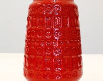 Scheurich 260-18, red vase with 'Inka' decor, West German Pottery, 70'ties