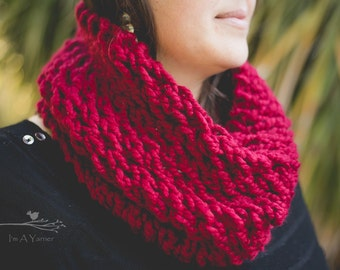Red Scarf, Knit Cowl, Infinity Scarf, Loop Scarf, Knitted Scarf, Scarf for Women, Red Infinity, Fashion Scarf, Lace Cowl, Chunky Knit Scarf