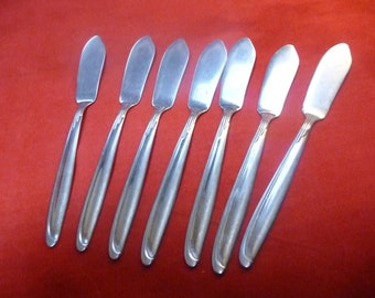 7 Oneida Stainless Butter Knives