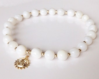 Mother of Pearl Gold Bracelet, white bridal jewelry, Bridal bracelet, charm bracelet