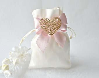Wedding favor bags, satin favor bags, wedding candy bags, personalized wedding favor bags, wedding treat bags, favor bags wedding, candy bag