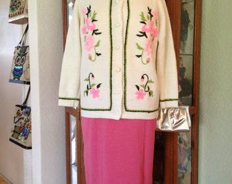 Vintage 60's Pink Floral Cardigan *  Size Medium  Large