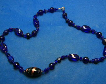 Vintage Cobalt Art Glass Beaded Necklace