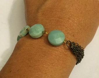Handmade brass chain bracelet with semi precious stones.