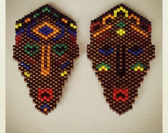 African masks earring-brooch-necklace (peyote)