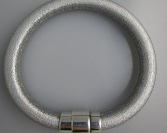 Leather Bracelet with Silver Magnetic Clasp