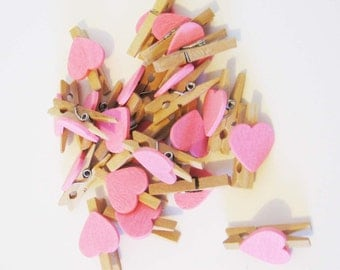 Mini pegs pink heart shaped wood 20x 50x craft DIY birthday wedding favour bomboniere gift tag wrapping decoration