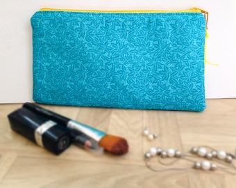 Kit blue turquoise floral motif, with yellow details