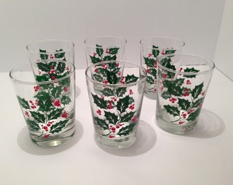 20% off! Set of 6 Vintage Indiana Glass Christmas Holly & Berry Tumblers